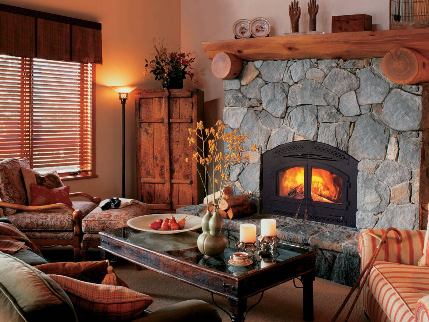 Indoor wood burning fireplaces wood fireplaces lansing mi - Decoracion de chimeneas rusticas ...
