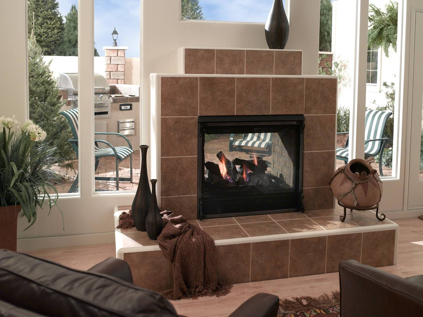 Indoor Outdoor Fireplaces Modern Fireplaces In Okemos Mi