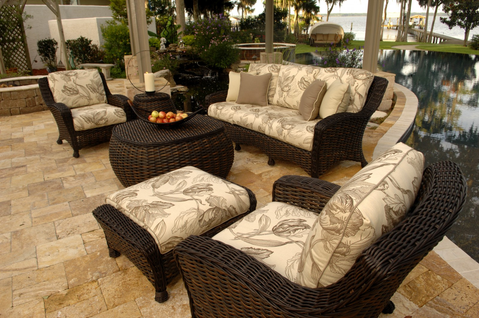 Dover patio deep seating group