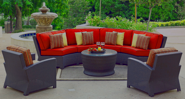 curved patio seating 2